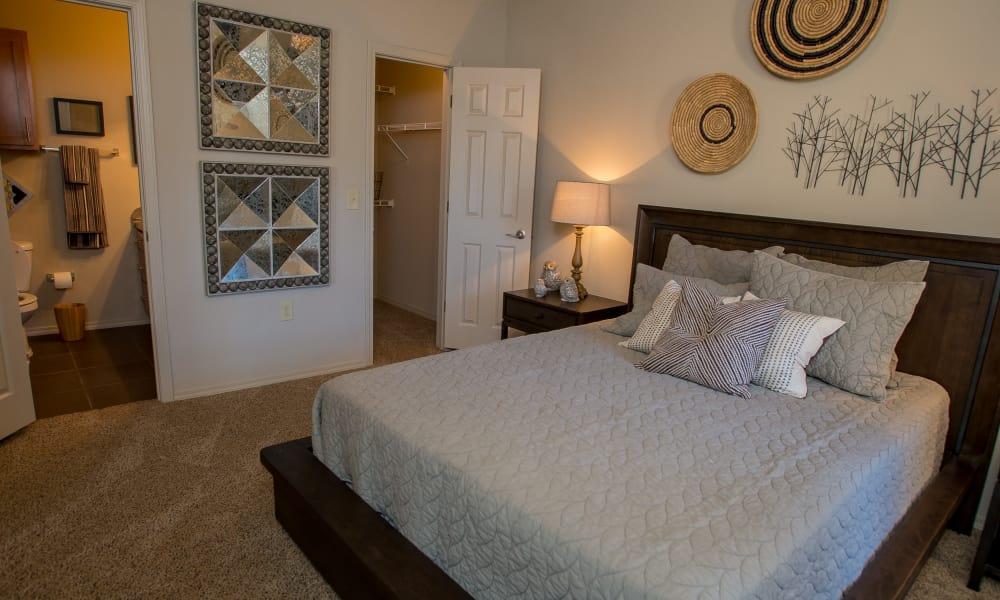 A well decorated bedroom at Villas at Canyon Ranch in Yukon, Oklahoma