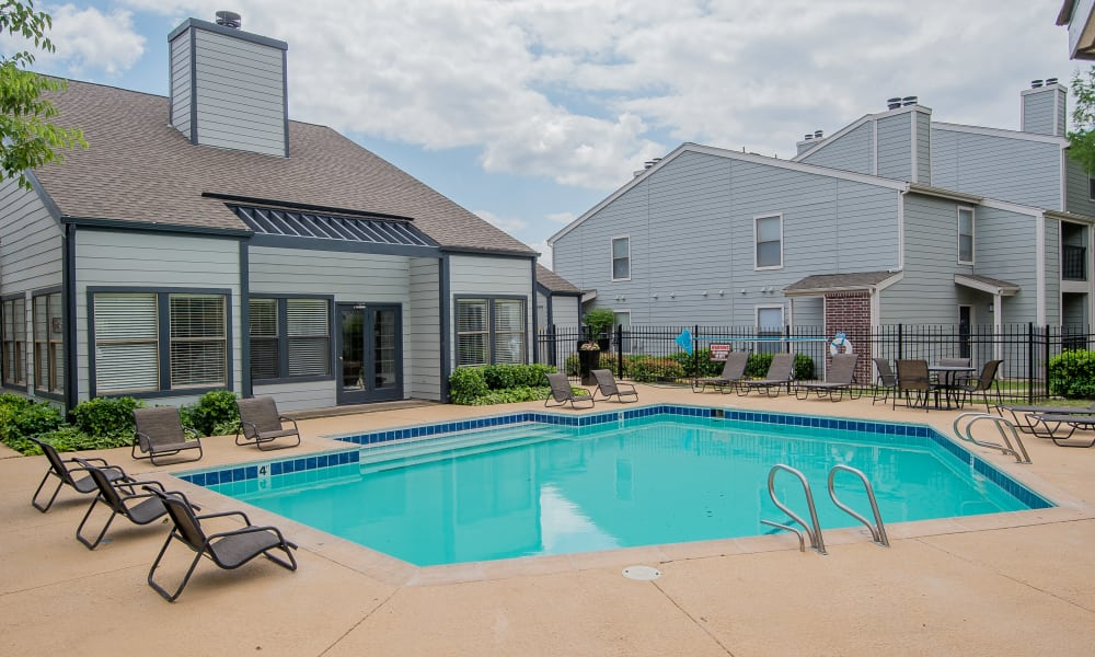 Resort style pool at Cedar Glade Apartments in Tulsa, Oklahoma
