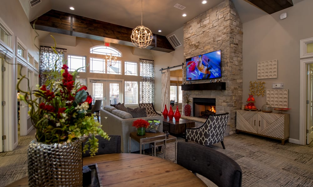 Clubhouse with comfortable fireside seating at The Park on Westpointe in Yukon, Oklahoma