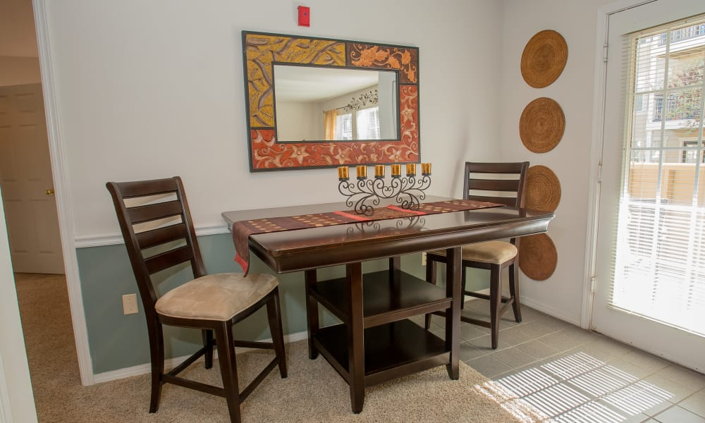 An apartment dining table at Crown Pointe Apartments in Oklahoma City, Oklahoma