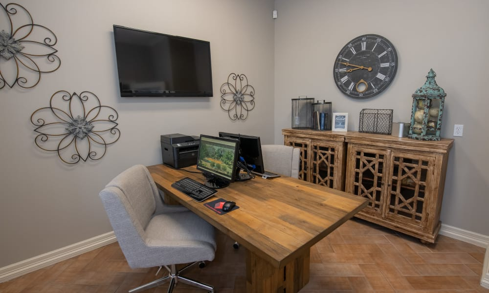 Computer room with printer access at Prairie Springs in Oklahoma City, Oklahoma