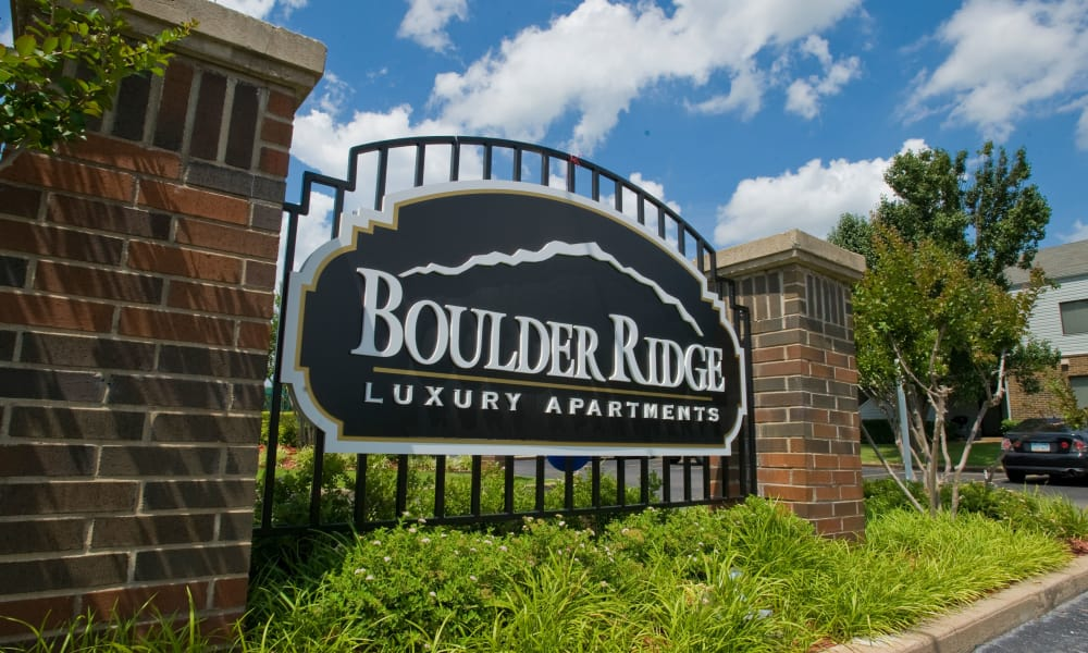The sign in front of Boulder Ridge in Tulsa, OK