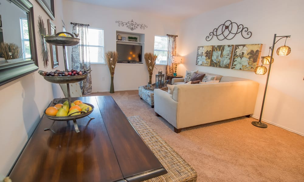 An apartment floor plan at The Pointe of Ridgeland in Ridgeland, MS