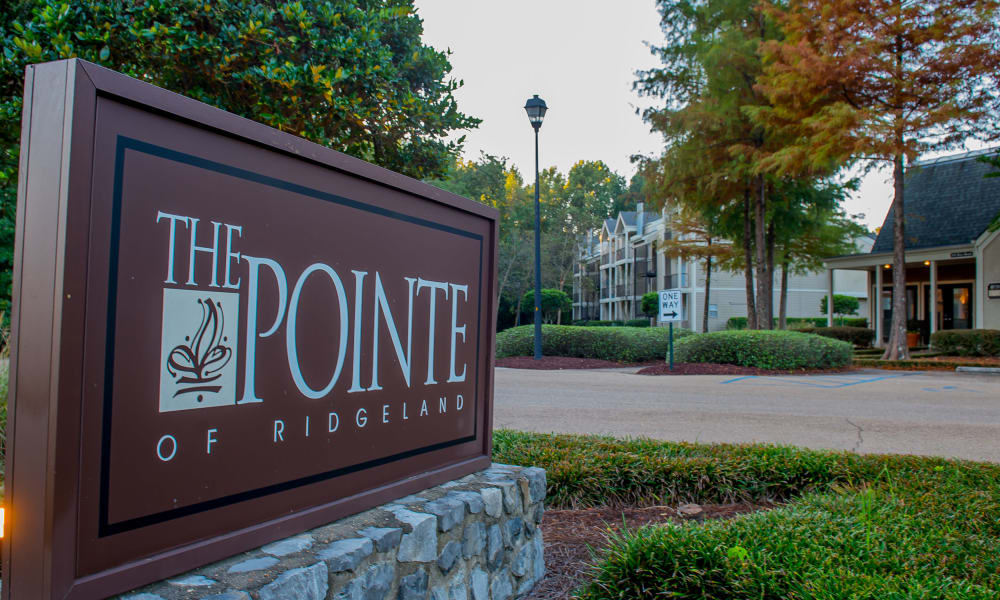 Front sign at The Pointe of Ridgeland in Ridgeland, Mississippi