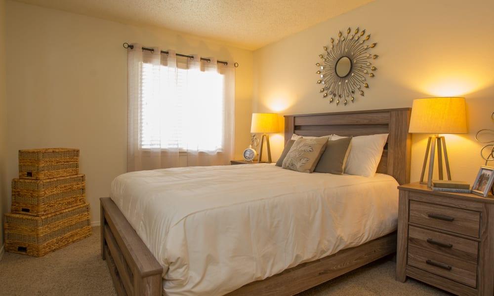 An apartment bedroom at Chardonnay in Tulsa, OK