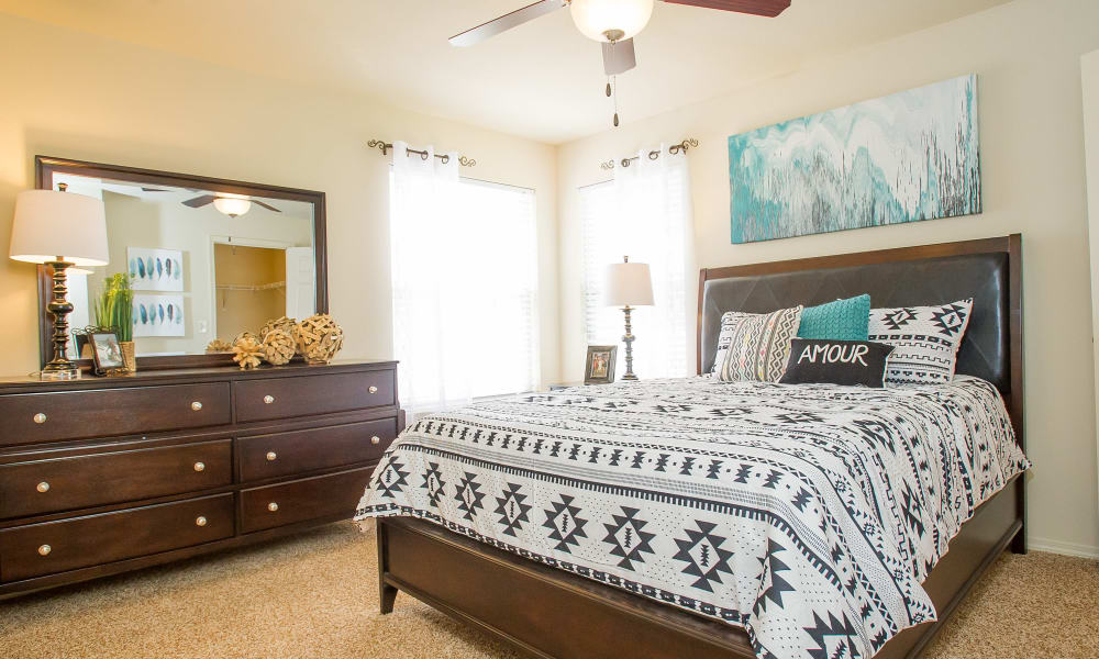 Master bedroom at Tuscany Hills at Nickel Creek in Tulsa, Oklahoma