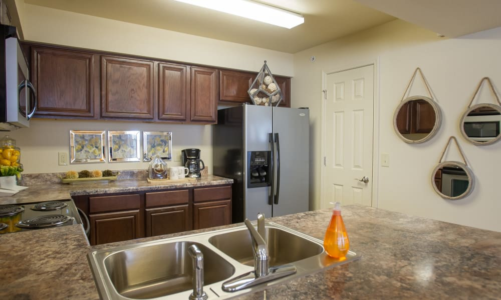 A large apartment kitchen at Tuscany Hills in Tulsa, Oklahoma