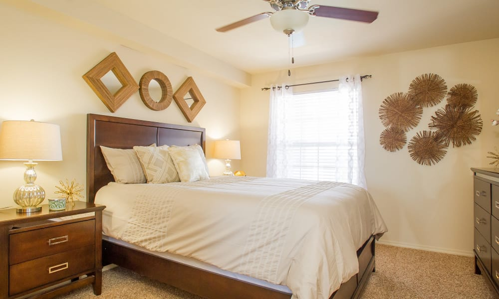 An apartment bedroom at Tuscany Hills in Tulsa, Oklahoma