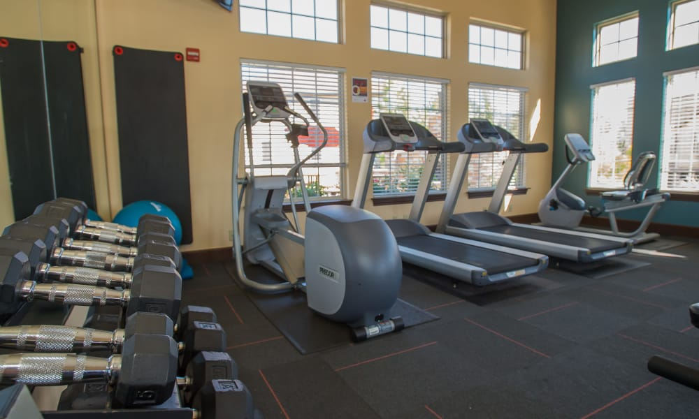 Fully equipped gym for residents at Tuscany Hills at Nickel Creek in Tulsa, Oklahoma