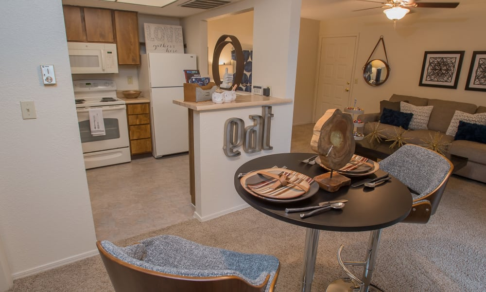 Dining room at Woodscape Apartments in Oklahoma City, Oklahoma