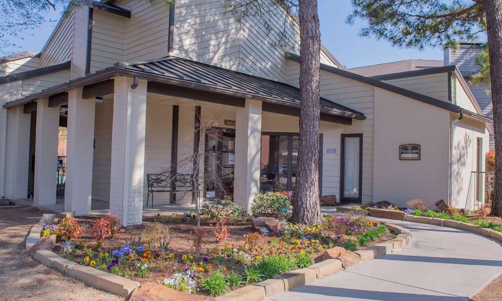Exterior of Woodscape Apartments in Oklahoma City, Oklahoma