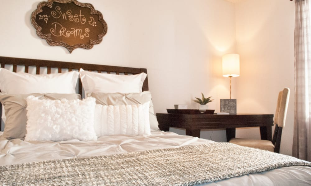 Double Tree Apartments offers spacious bedrooms in El Paso, Texas