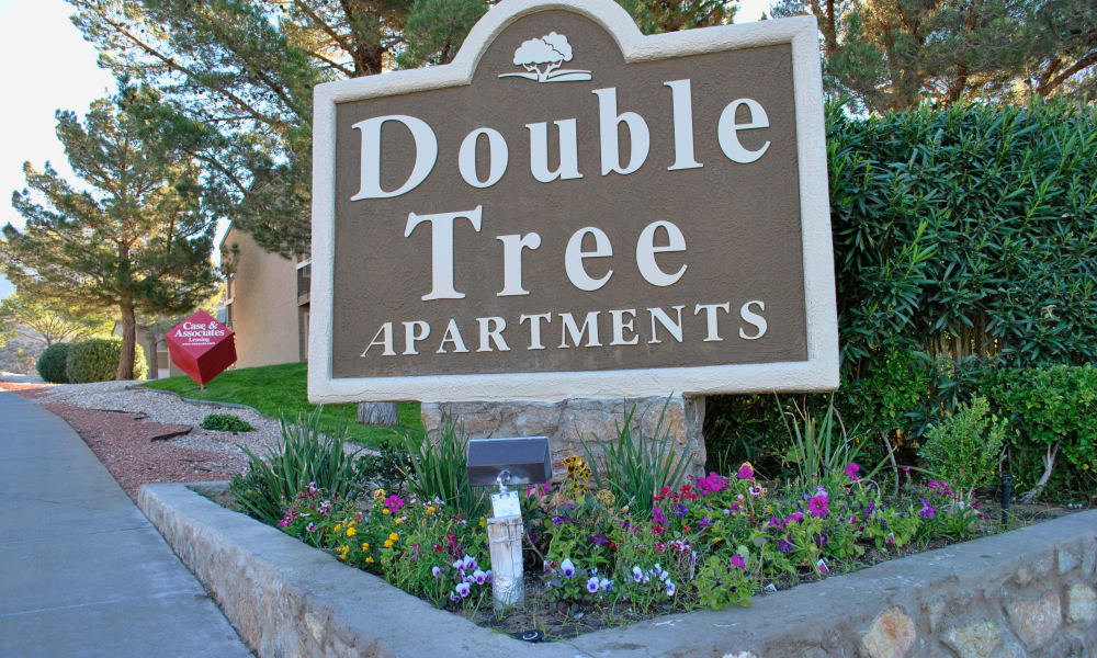 Front sign at Double Tree Apartments in El Paso, Texas