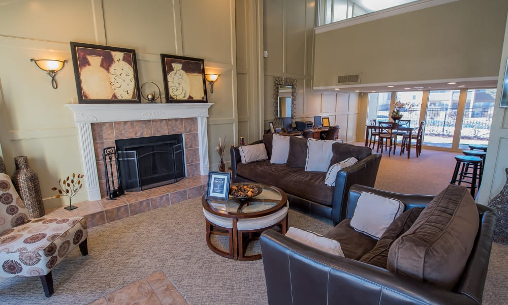 Clubhouse at Fox Run Apartments in Wichita, Kansas