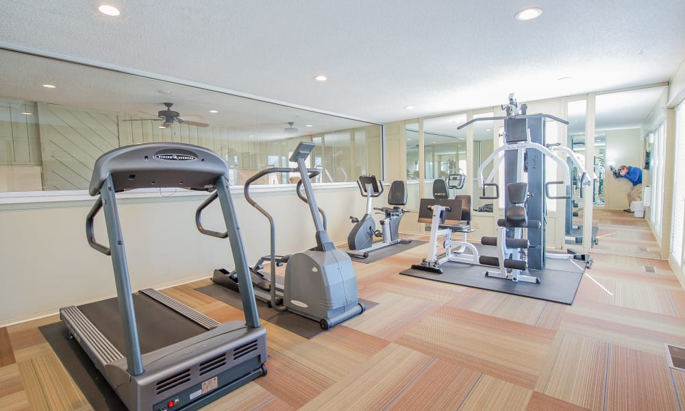 Fitness center at Fox Run Apartments in Wichita, Kansas