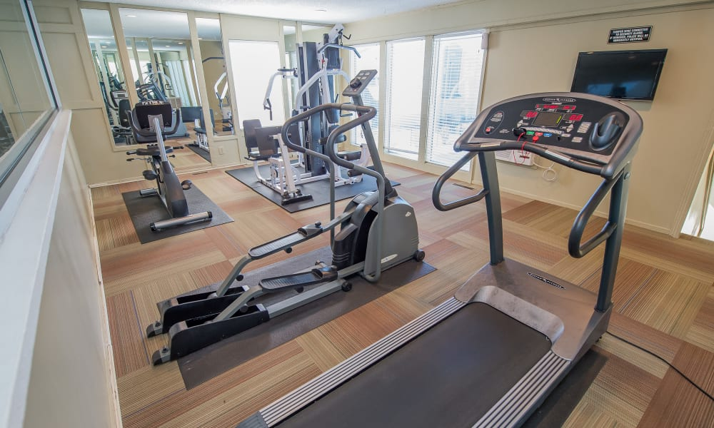 Fox Run Apartments offers a fitness center for residents in Wichita, Kansas