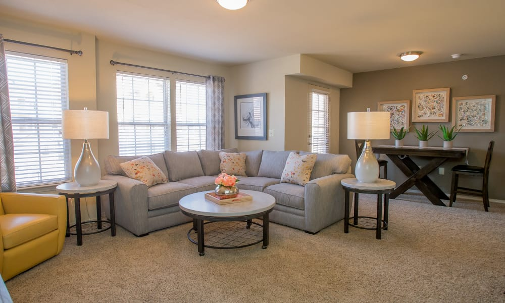 Mission Point Apartments offers a spacious living room in Moore, Oklahoma