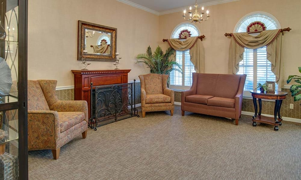 Comfortable seating in the common room at Parkwood Meadows Senior Living in Sainte Genevieve, Missouri