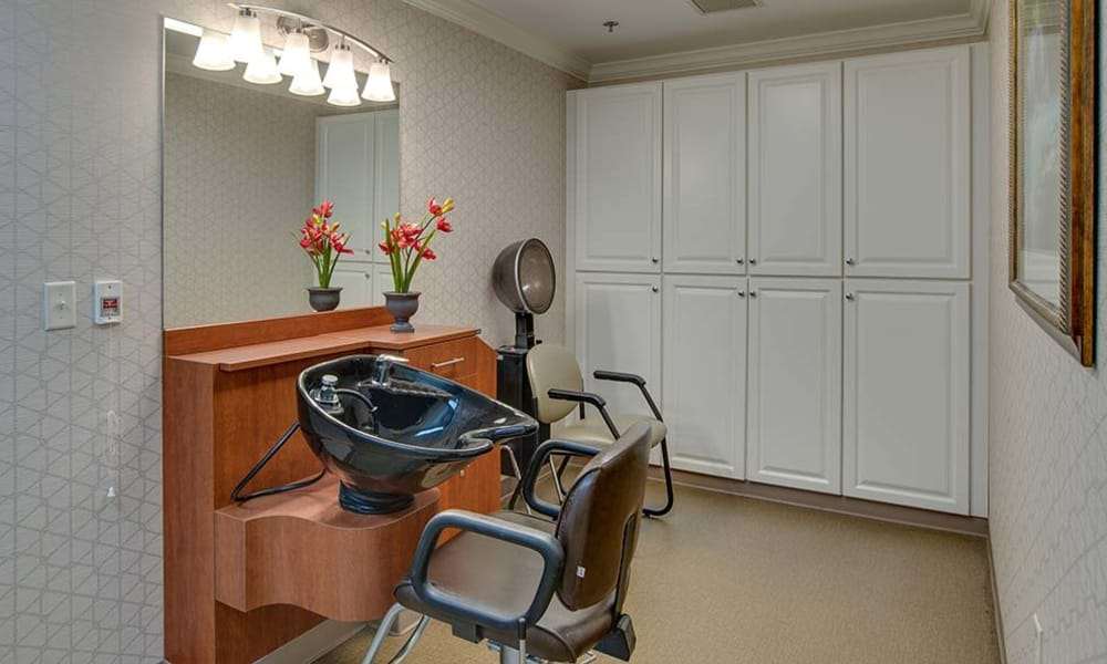 Community salon for residents at Parkwood Meadows Senior Living in Sainte Genevieve, Missouri