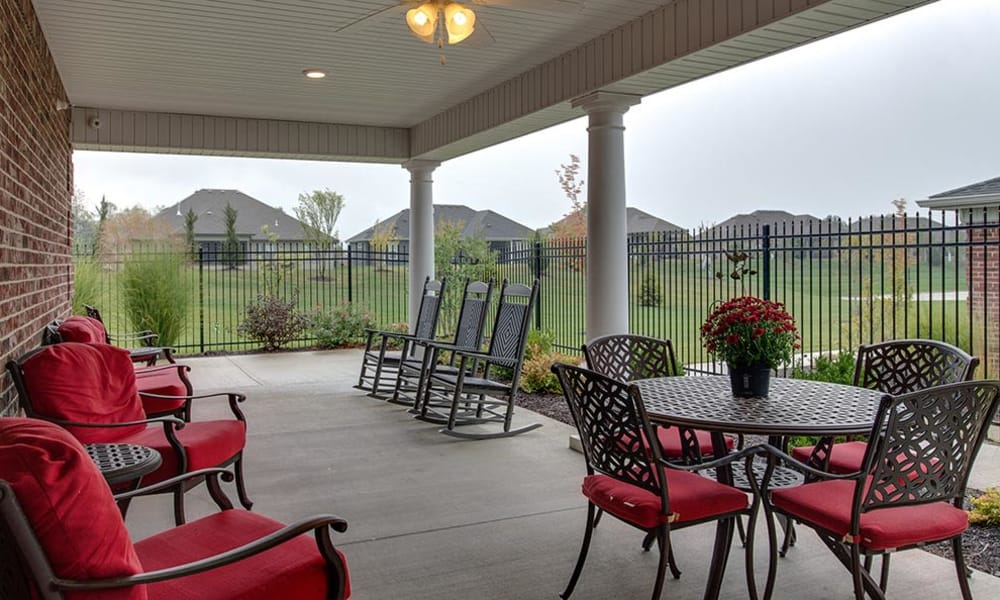Outdoor sitting area at Mill Creek Village Senior Living in Columbia, Missouri