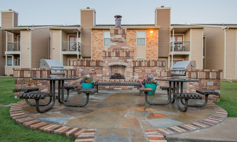 Outdoor patio at Cimarron Trails Apartments in Norman, Oklahoma