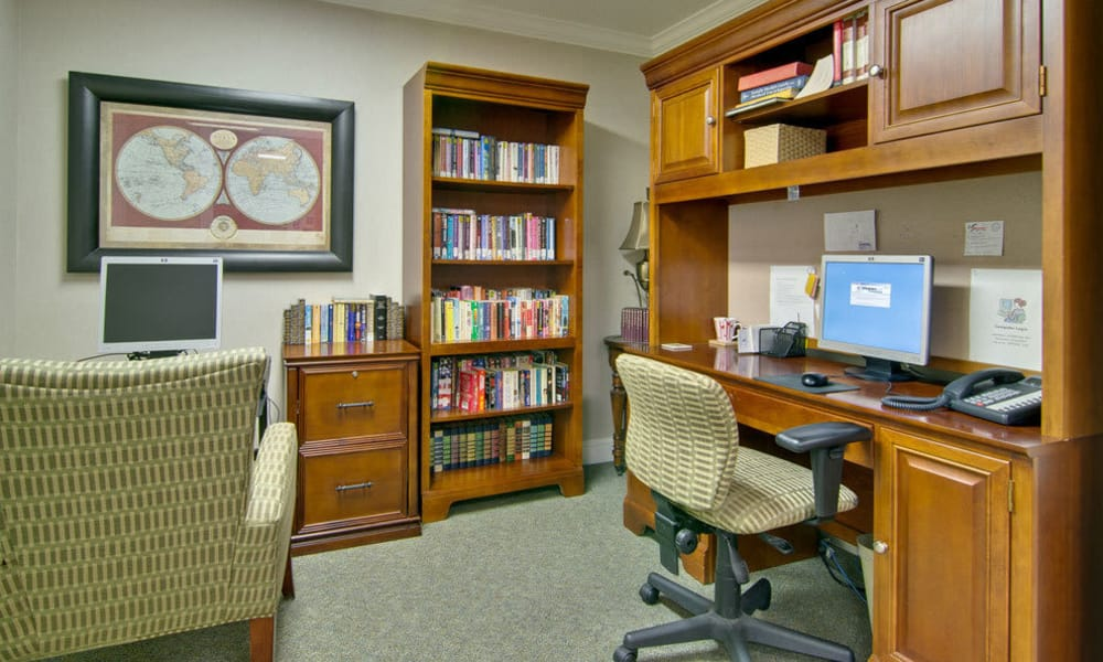 Computer lounge at Foxberry Terrace Senior Living in Webb City, Missouri