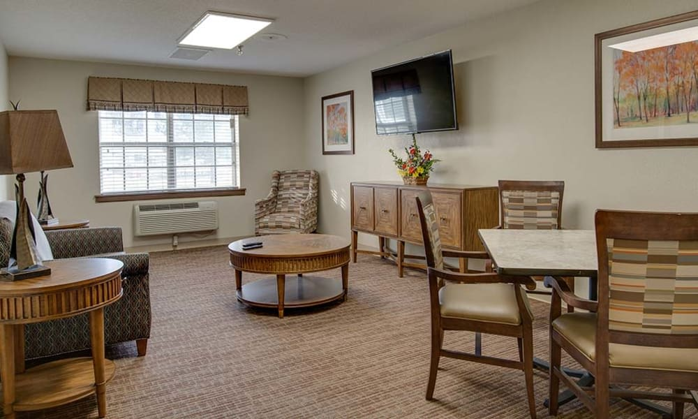 The social room with seating at Eureka Nursing in Eureka, Kansas