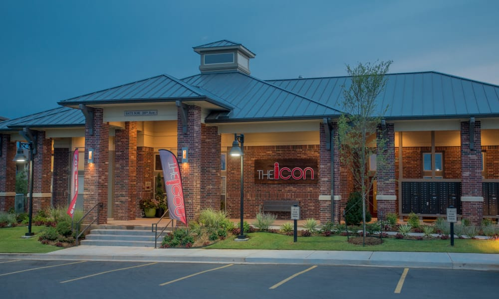 Exterior of Icon at Norman's clubhouse in Norman, Oklahoma