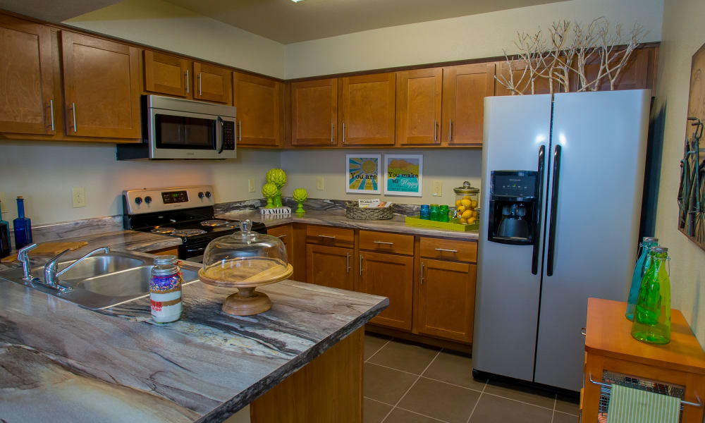 Icon at Norman offers a spacious kitchen in Norman, Oklahoma