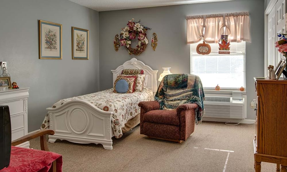 Spacious single bedroom at Celebration Way in Shelbyville, Tennessee