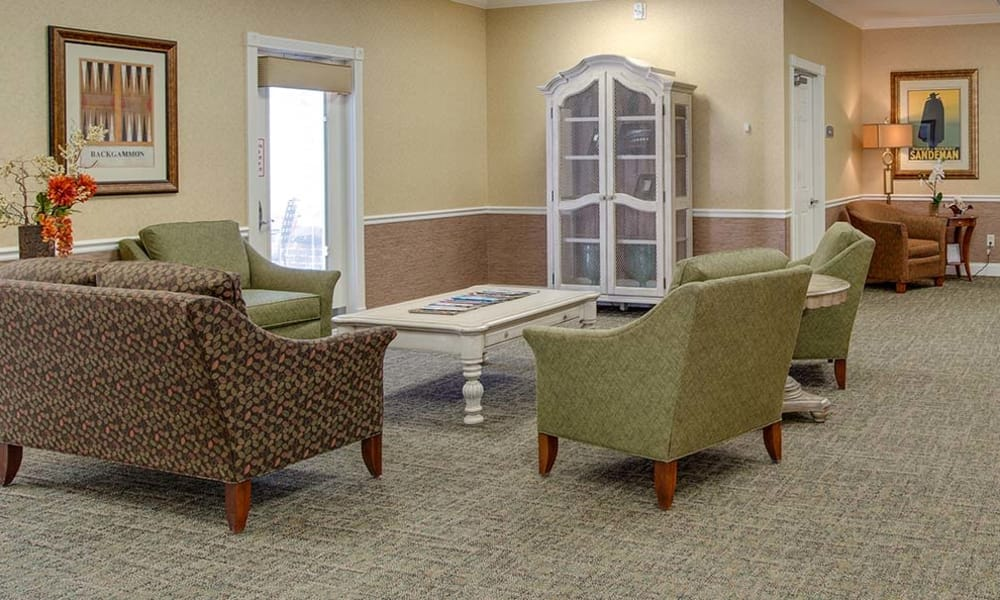 Quiet reading area at Auburn Creek Senior Living in Cape Girardeau, Missouri