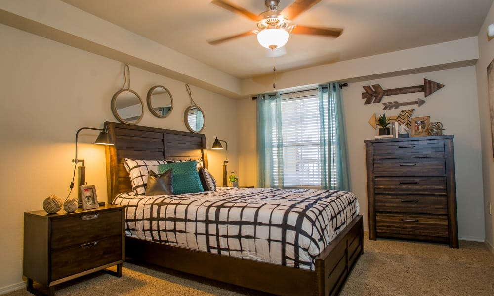 Tuscany Ranch offers spacious bedrooms in Waco, Texas