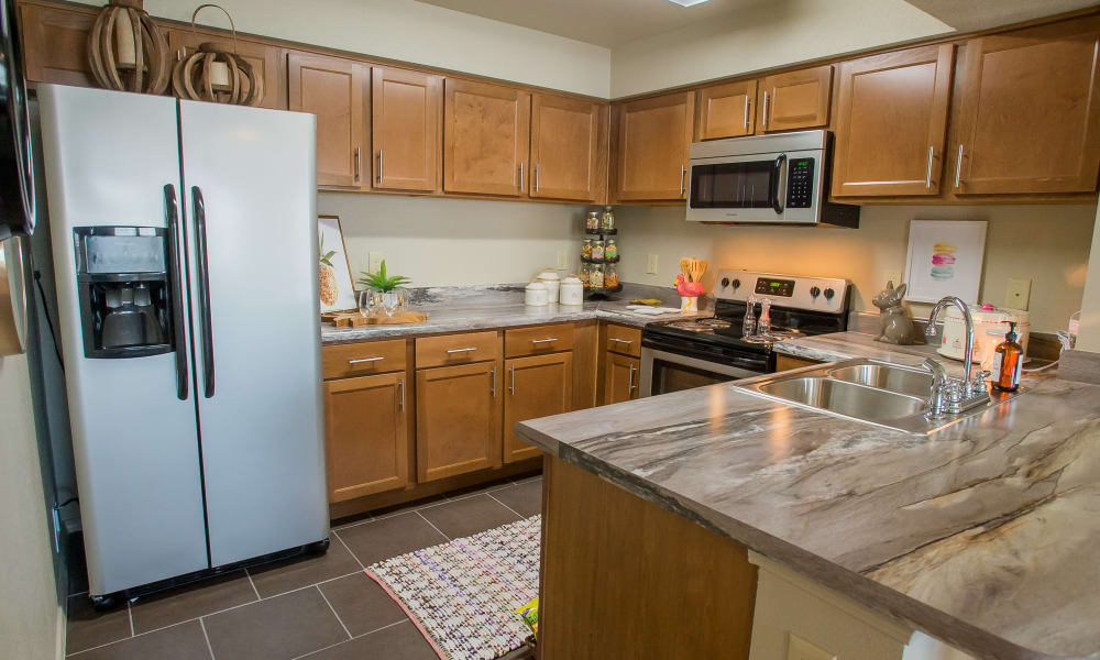 Fully equipped kitchen at Tuscany Ranch in Waco, Texas