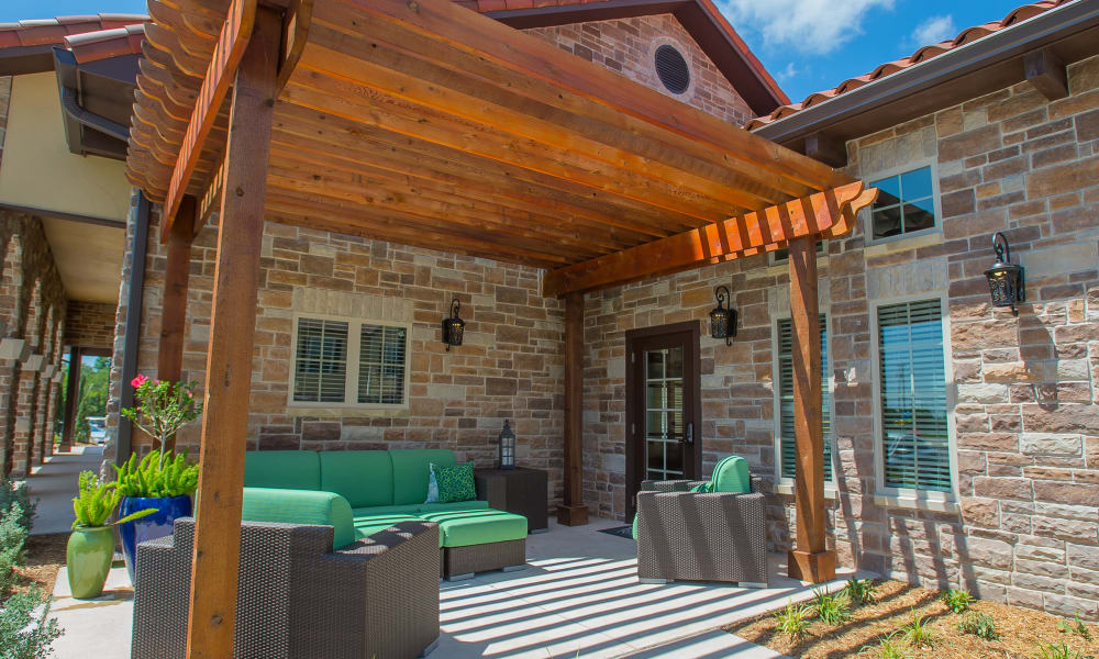 Outdoor seating at Tuscany Ranch in Waco, Texas