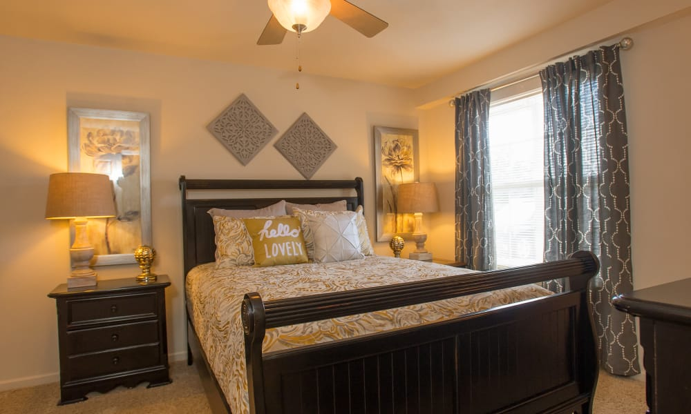 Spacious bedroom at Villas at Stonebridge in Edmond, Oklahoma