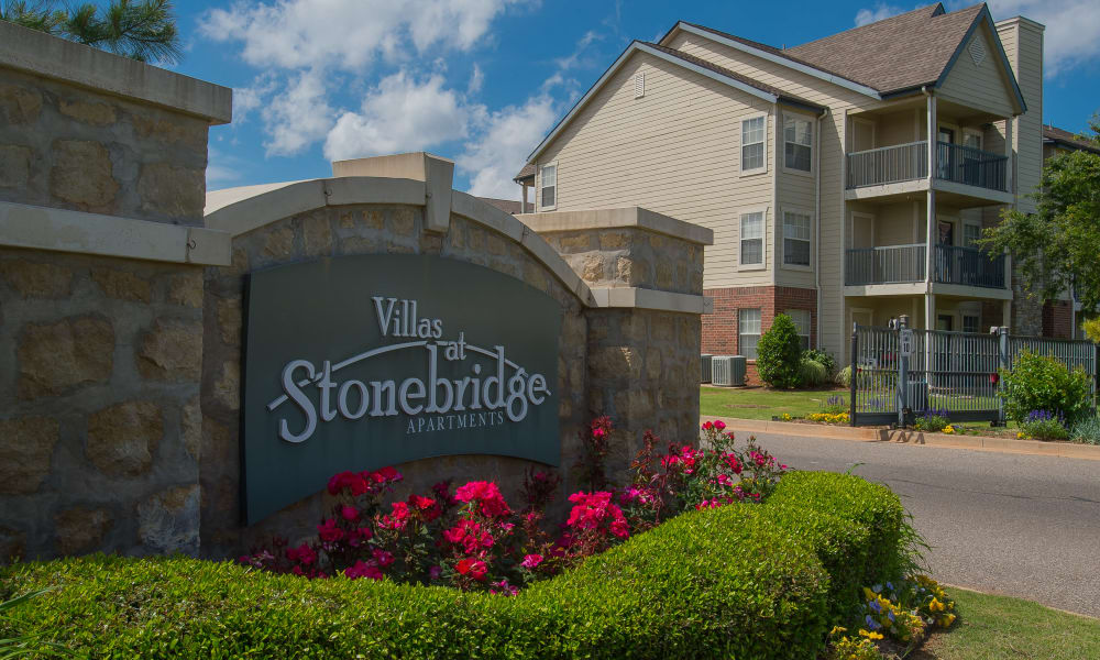 Front sign at Villas at Stonebridge in Edmond, Oklahoma