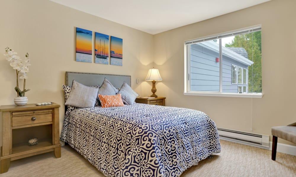 Mountlake Terrace Plaza offers a bedroom in Mountlake Terrace, Washington