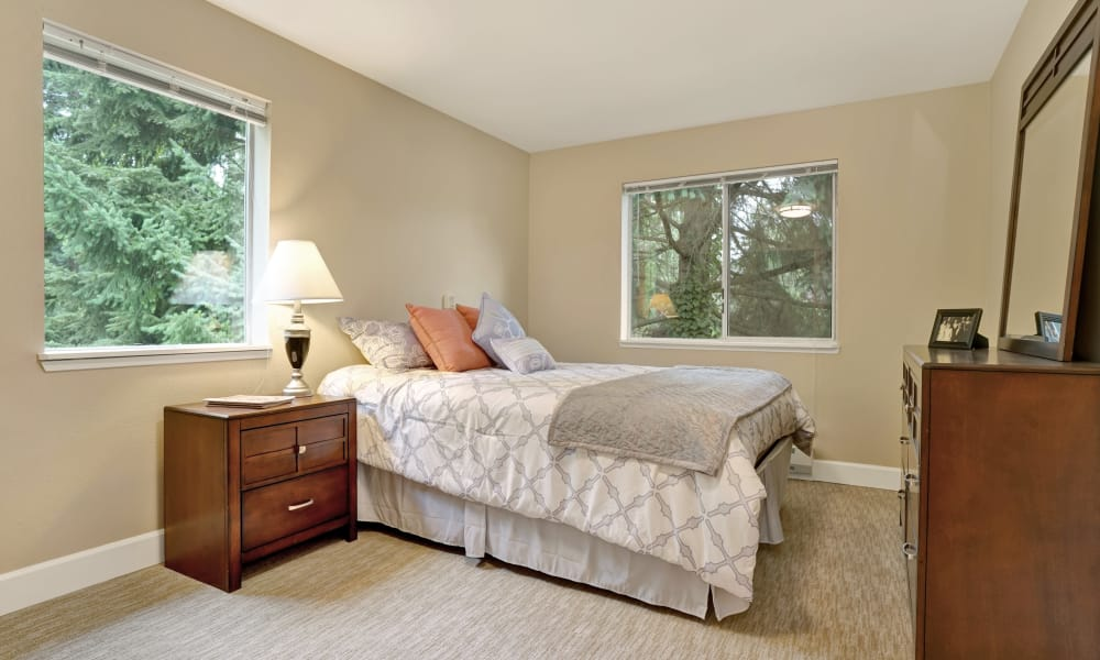 Bedroom at Mountlake Terrace Plaza in Mountlake Terrace, Washington