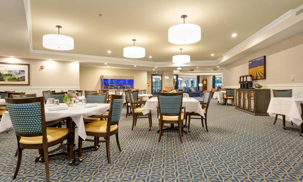 Dining area at Mountlake Terrace Plaza in Mountlake Terrace, Washington