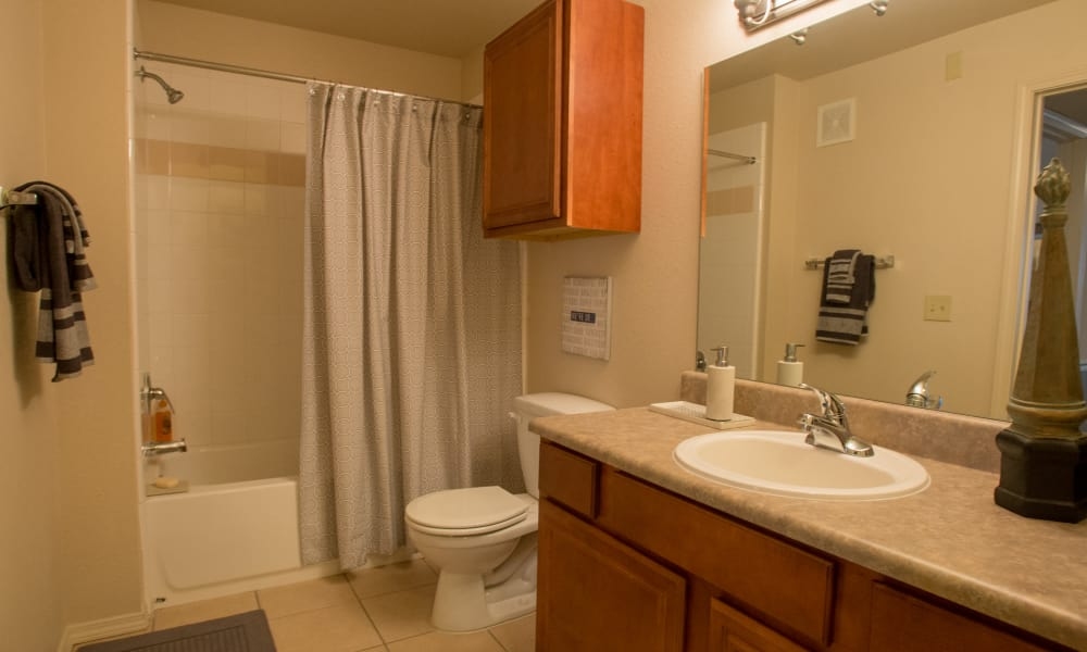 Clean bathroom at Villas of Waterford Apartments in Wichita, Kansas