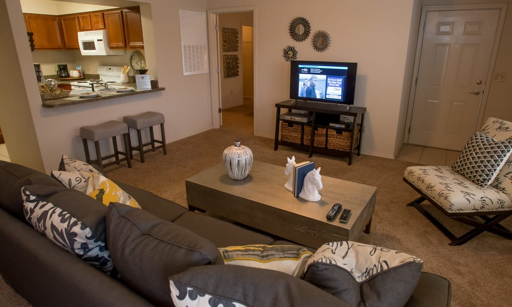 Villas of Waterford Apartments offers a spacious living room in Wichita, Kansas