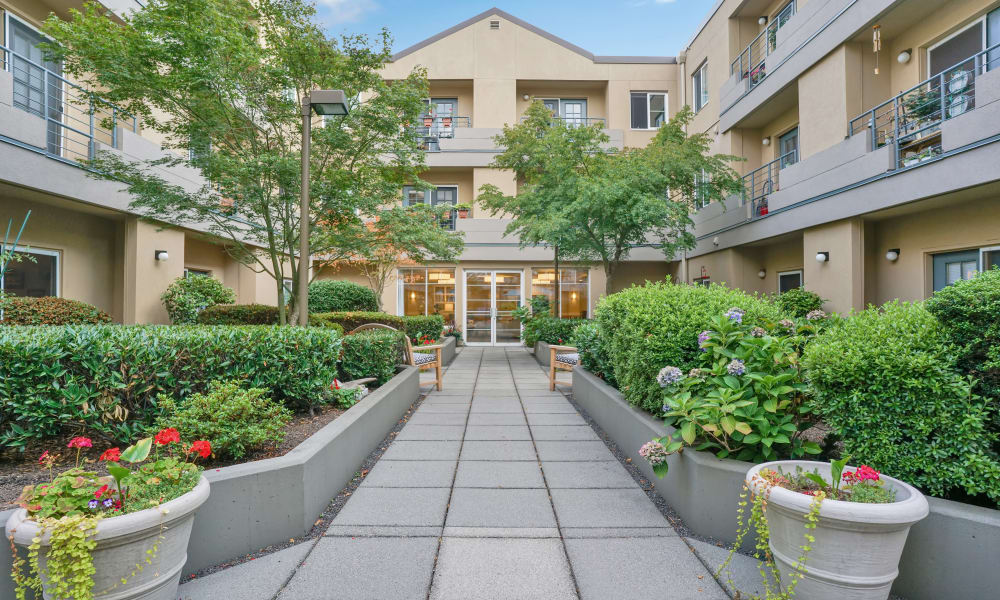 Walkway and garden at Island House Assisted Living in Mercer Island, Washington