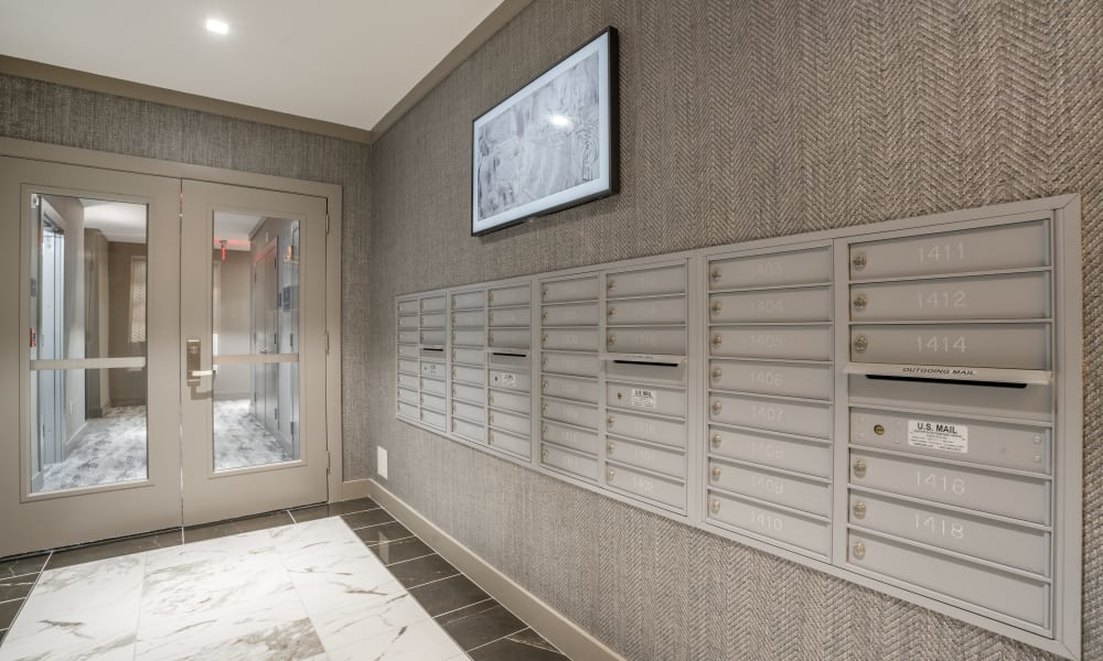 Enjoy apartments with mail boxes at Alta Easterly