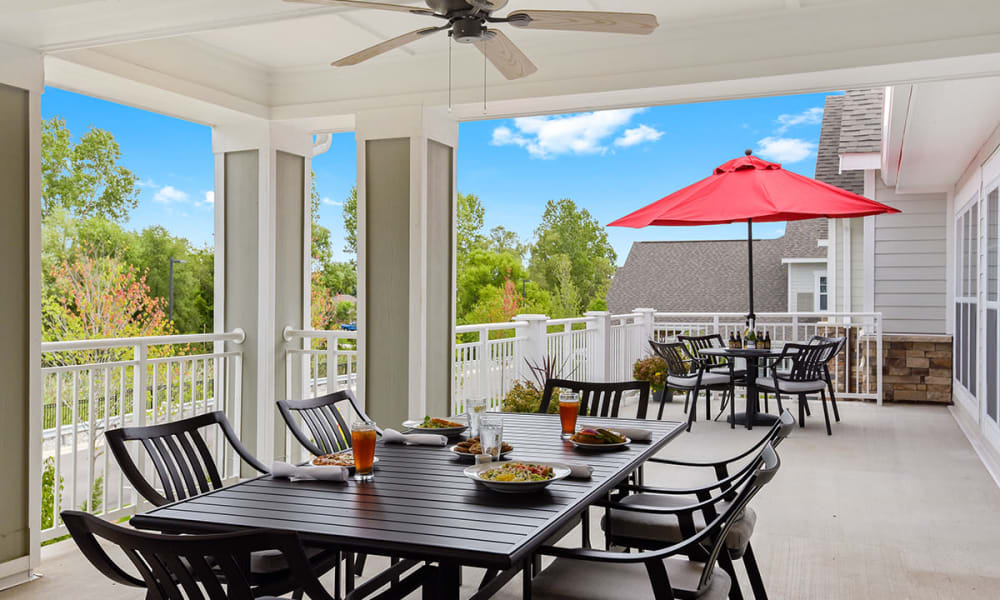 Outdoor balcony at Stonecrest of Rochester Hills