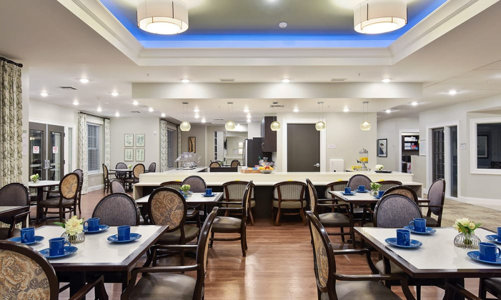 Memory Care Dining Room at Stonecrest of Rochester Hills