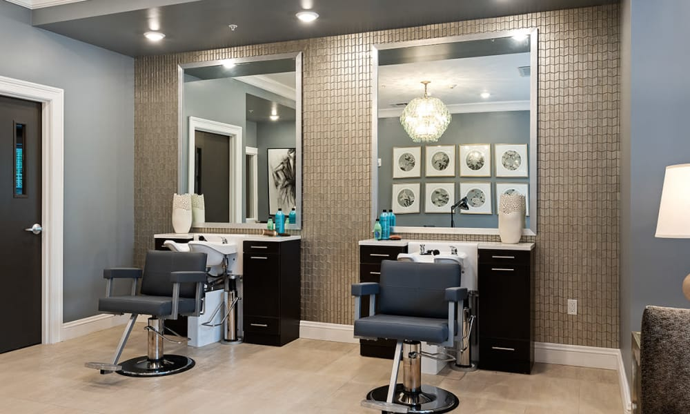 Salon at Stonecrest of Rochester Hills