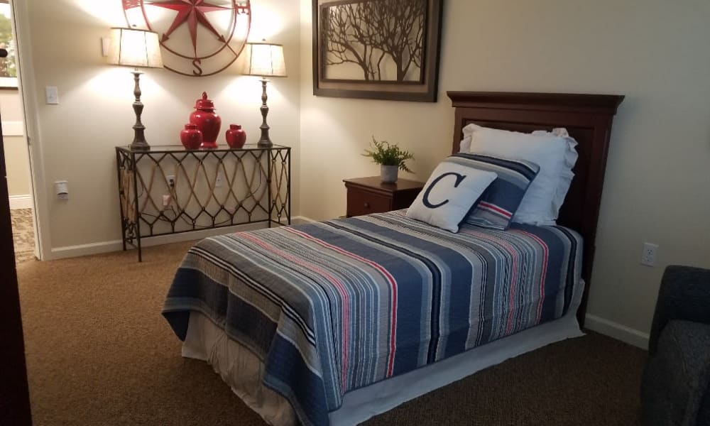 Single living space at The Arbors at Harmony Gardens in Warrensburg, Missouri