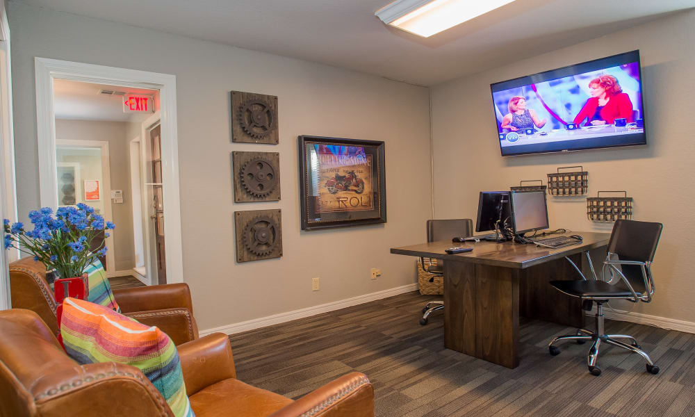 Barrington Apartments offers a business center in Tulsa, Oklahoma