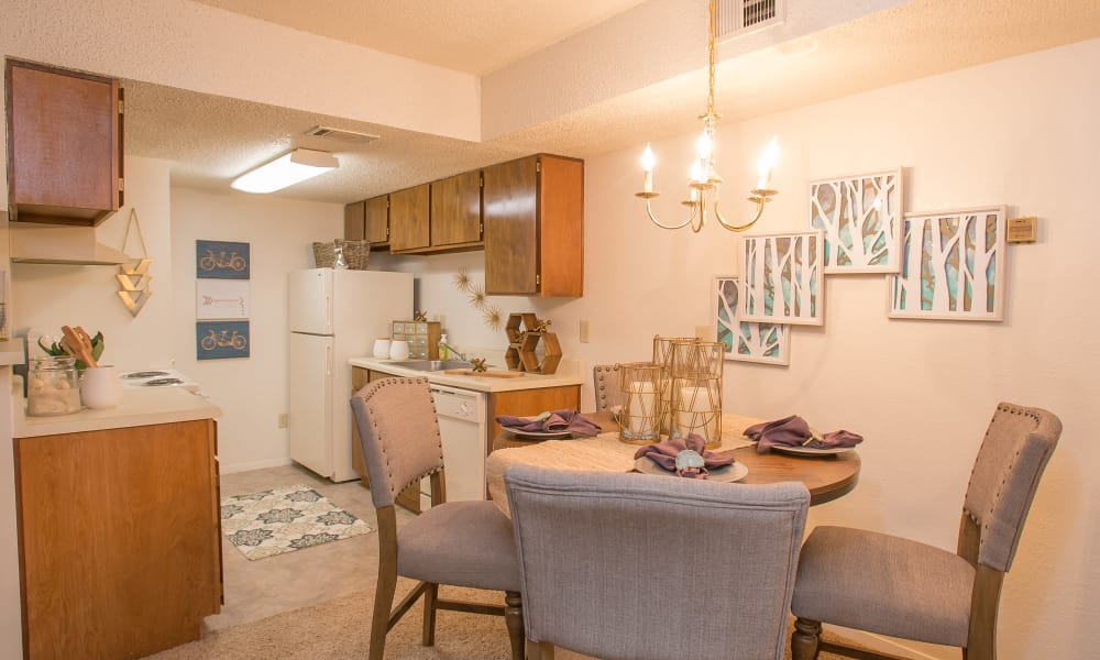 Beautiful dining room at Cimarron Pointe Apartments in Oklahoma City, Oklahoma