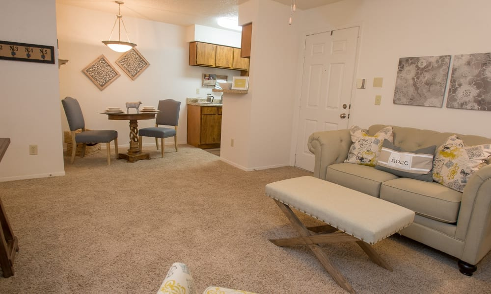 Spacious open floor plan at Cimarron Pointe Apartments in Oklahoma City, Oklahoma